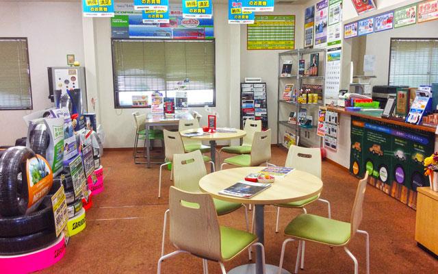 ミスタータイヤマン 福井福崎店 カウンター